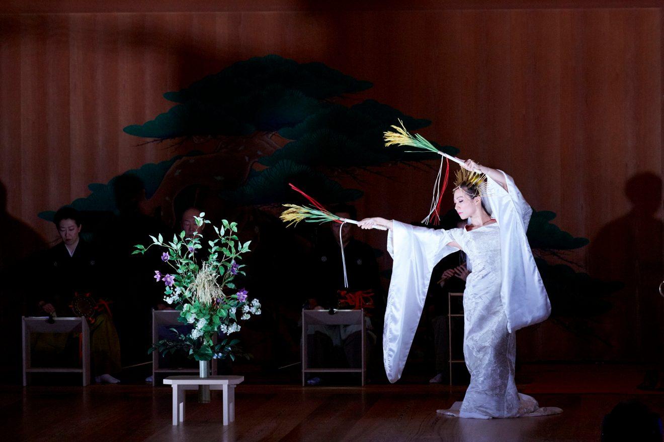 歌舞伎舞台一粒万倍オーダー花