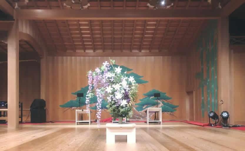 能・狂言・日本舞踊・現代舞踊「一粒萬倍 A SEED」2019舞台装花