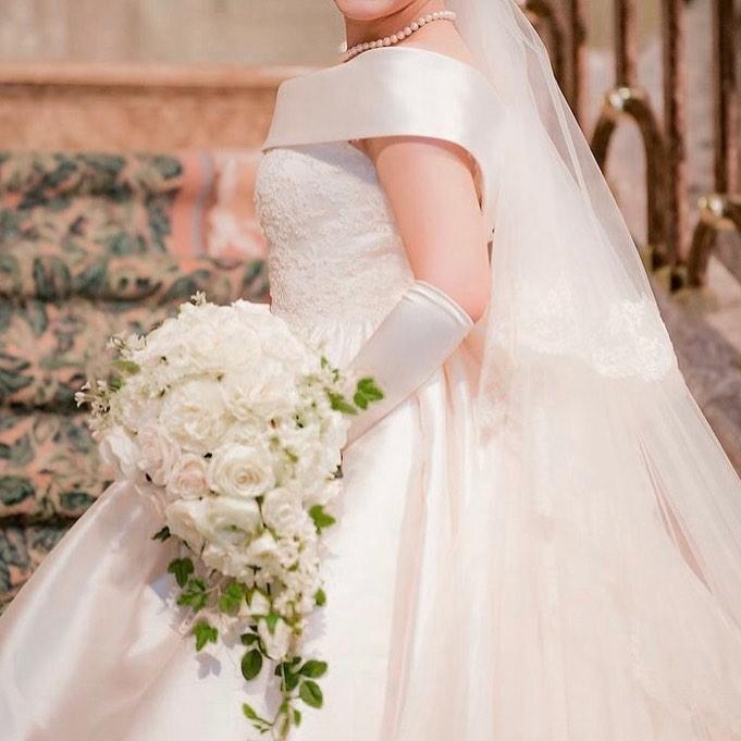 結婚式ブーケ手作り教室 白いバラのキャスケードブーケできました